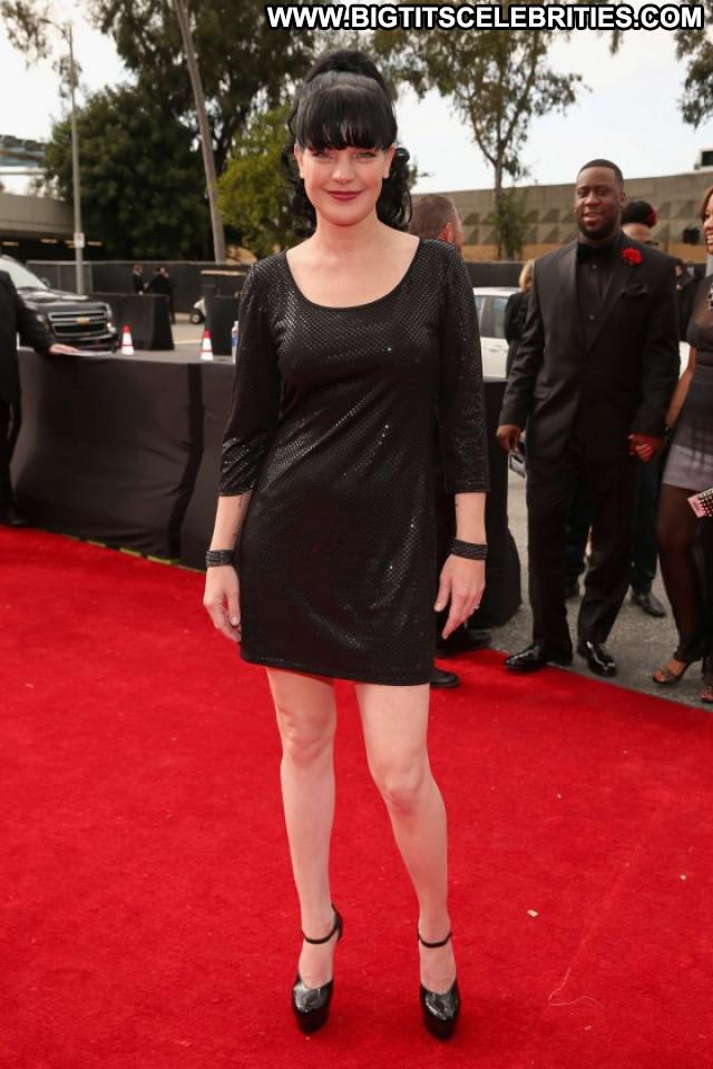 Pauley Perrette Grammy Awards Posing Hot Babe Paparazzi Beautiful