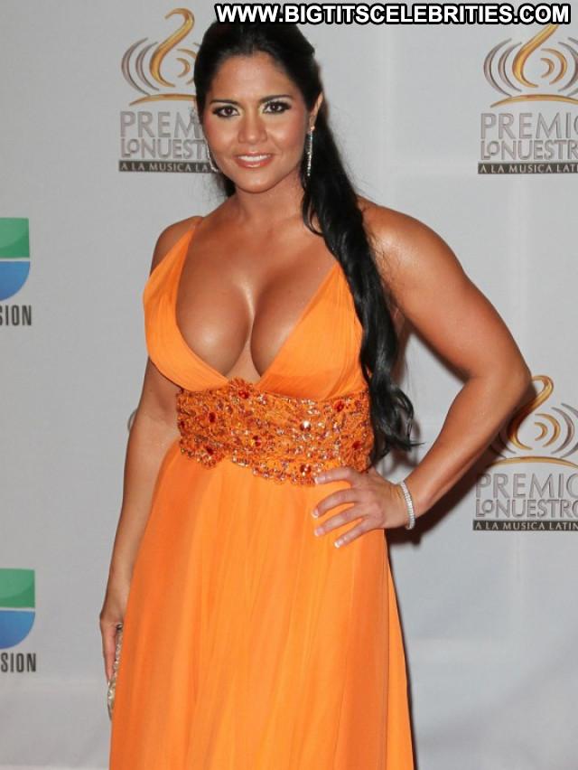 Maripily Rivera Posing Hot Beautiful Latina River Latin Babe