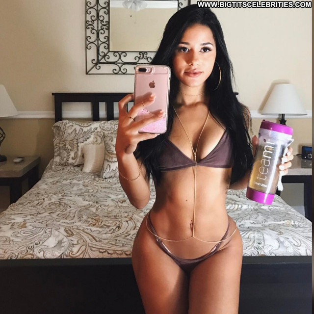 Flawless No Source Babe Nanny Gym Posing Hot Fitness Booty Trainer