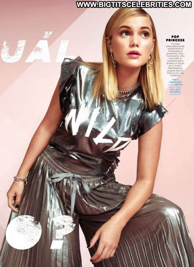 Olivia Holt No Source Posing Hot Mexico Beautiful Magazine Paparazzi