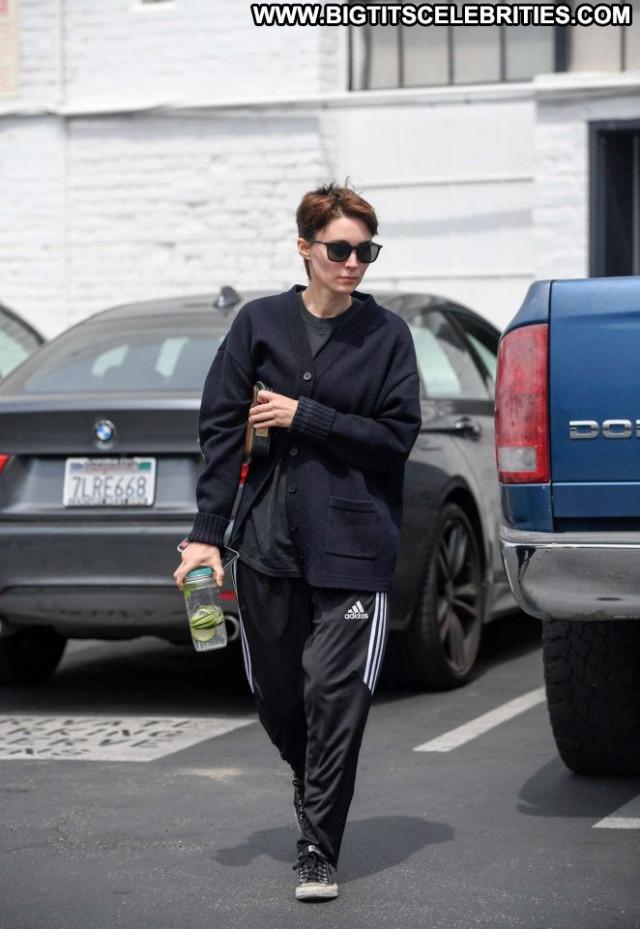 Rooney Mara Gym In La Celebrity Babe Beautiful Posing Hot Paparazzi
