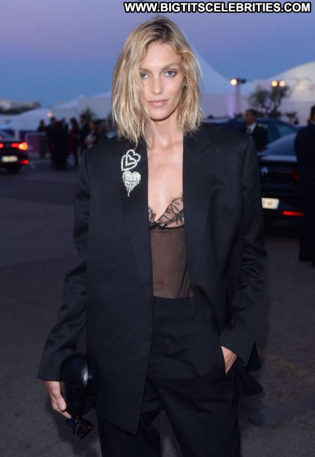 Anja Rubik No Source Paparazzi Celebrity Beautiful Posing Hot Babe Hd