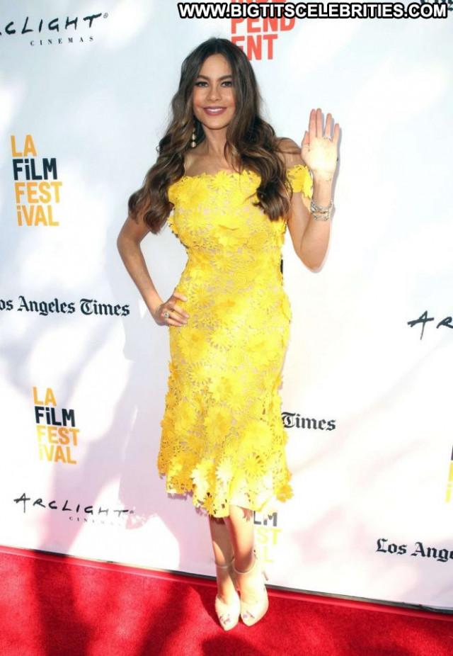 Sofia Vergara No Source Babe Female Celebrity Posing Hot Beautiful