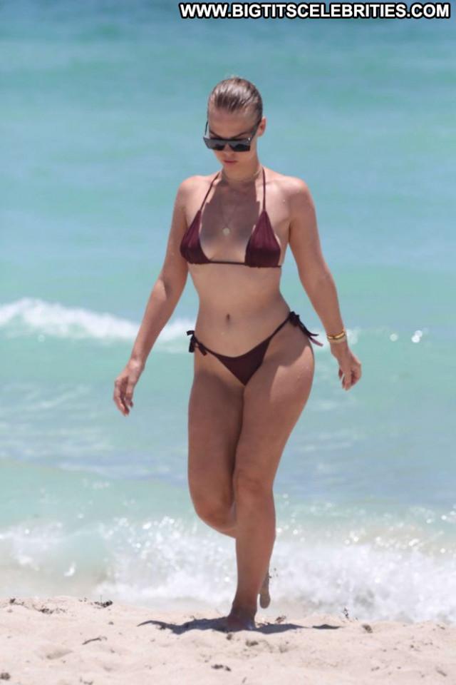 Bikini The Beach Paparazzi Posing Hot Babe Celebrity Beautiful Beach