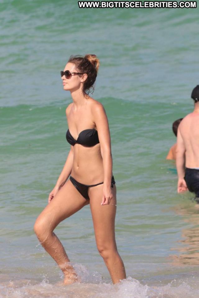 Yana Dubnik Miami Beach Beautiful Beach Celebrity Babe Paparazzi