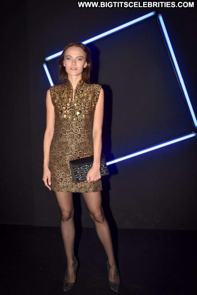 Yuliana Korotkova Fashion Show  Babe Fashion Celebrity Paris