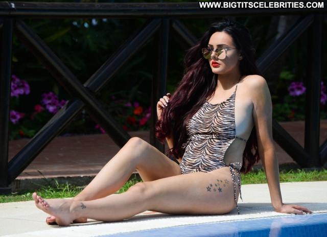 Sarah Goodhart Anna Nicole Legs Male Swimsuit Xxx Reality Celebrity