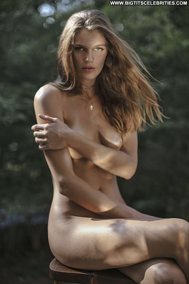 Sofia Vergara Poison Ivy Beautiful Fashion Model Nude Winter Sex