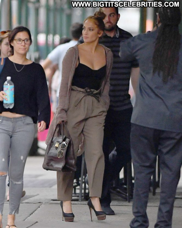 Jennifer Lopez New York New York Paparazzi Posing Hot Beautiful Babe