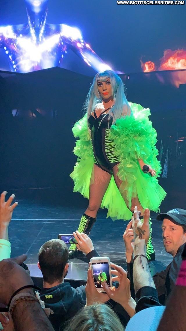 Lady Gaga Las Vegas Videos Celebrity Babe Beautiful Stage Singer Gag