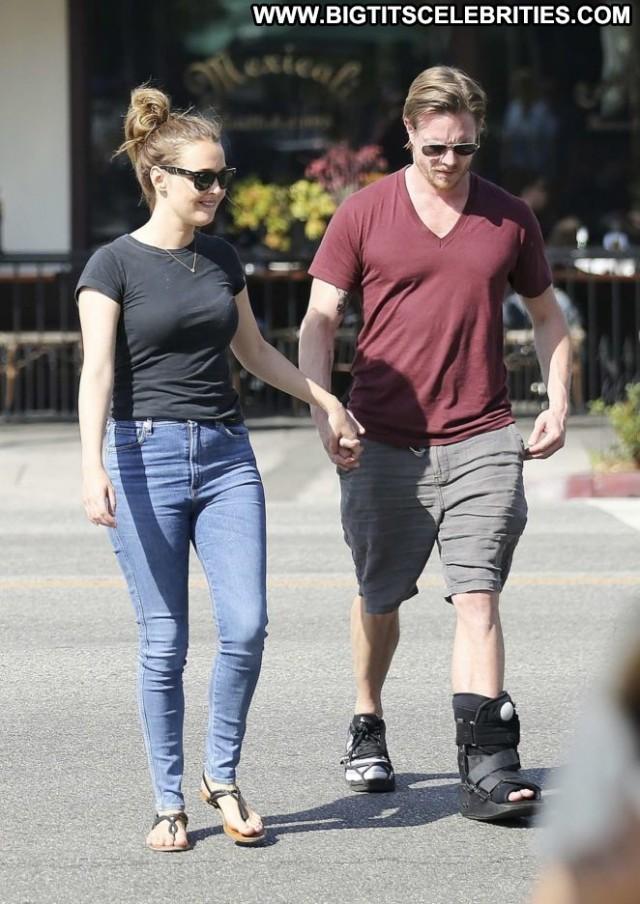 Camilla Luddington No Source Paparazzi Babe Celebrity Boyfriend