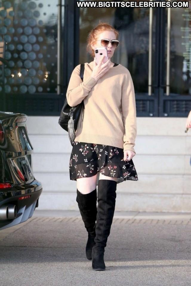 Isla Fisher Beverly Hills Beautiful Bar Skirt New York Posing Hot