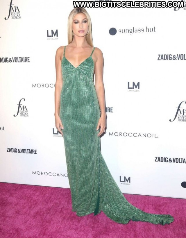 Media New York Celebrity Fashion New York Posing Hot Babe Paparazzi