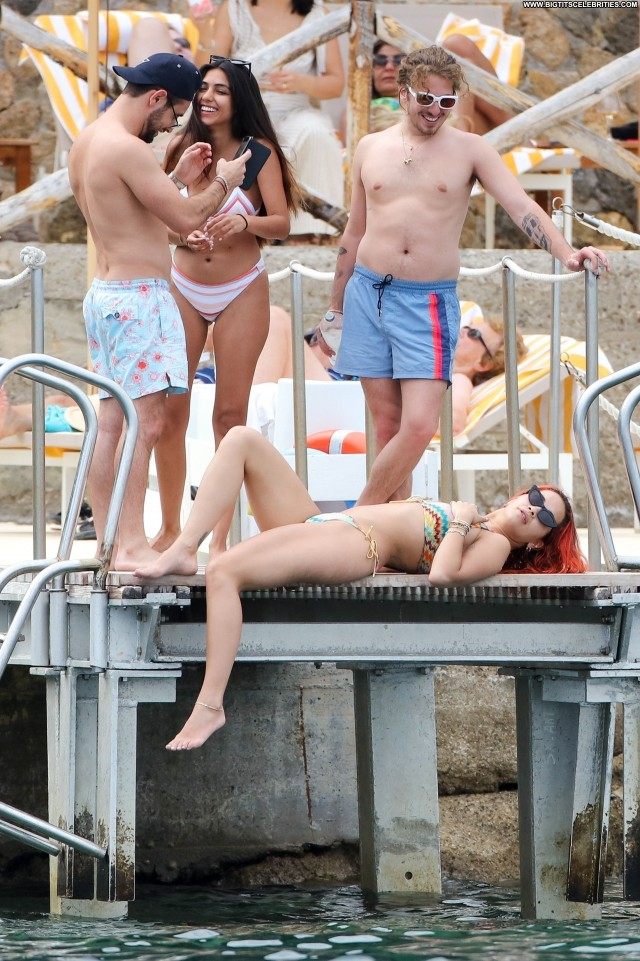 Rita Ora No Source  Singer Posing Hot Sex Sexy Romantic Friends