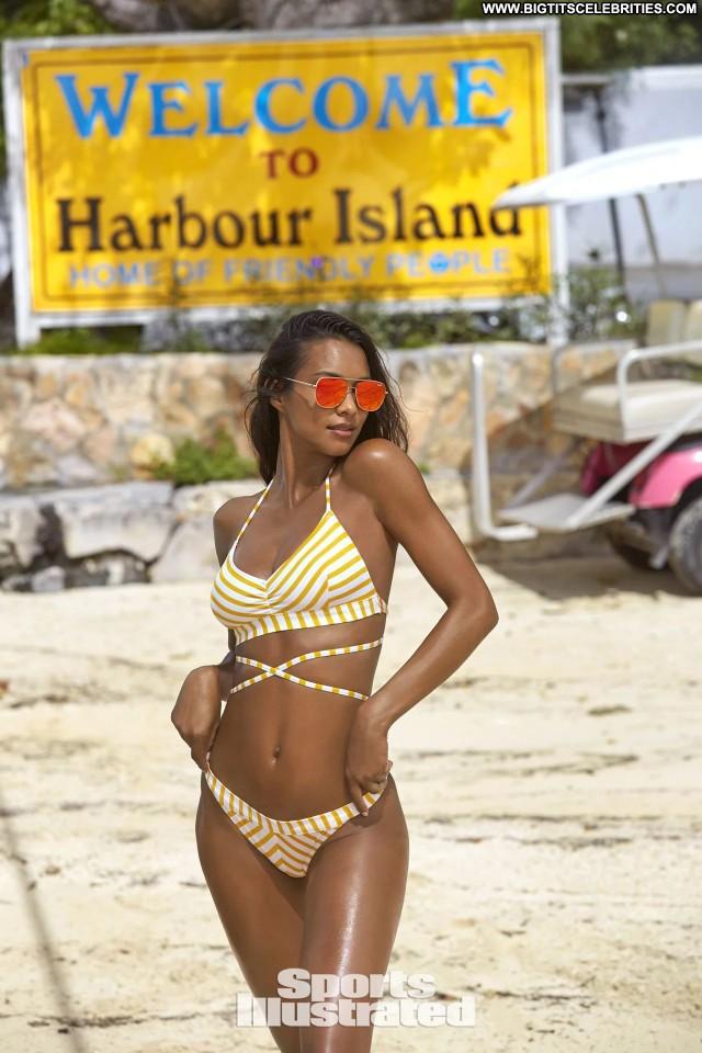 Sports Illustrated Sports Illustrated Swimsuit The Bahamas Babe