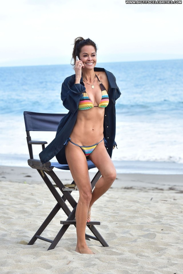 Brooke Burke No Source Beautiful Sea Mom Spa Beautiful Babe Posing