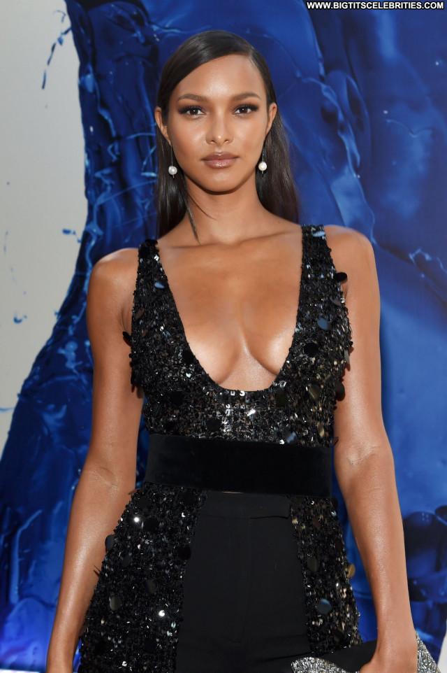 Lais Ribeiro No Source Babe Awards Cleavage Beautiful Posing Hot