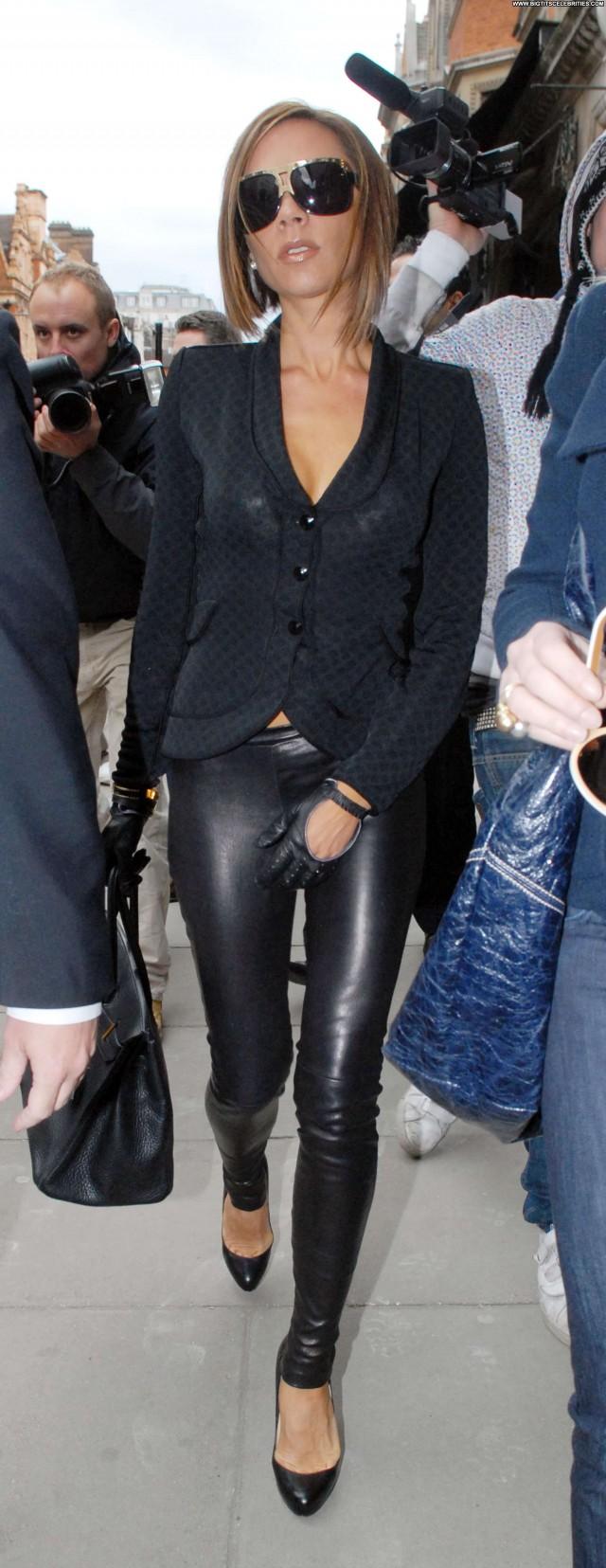 Victoria Beckham No Source Beautiful Babe Pants Posing Hot Celebrity